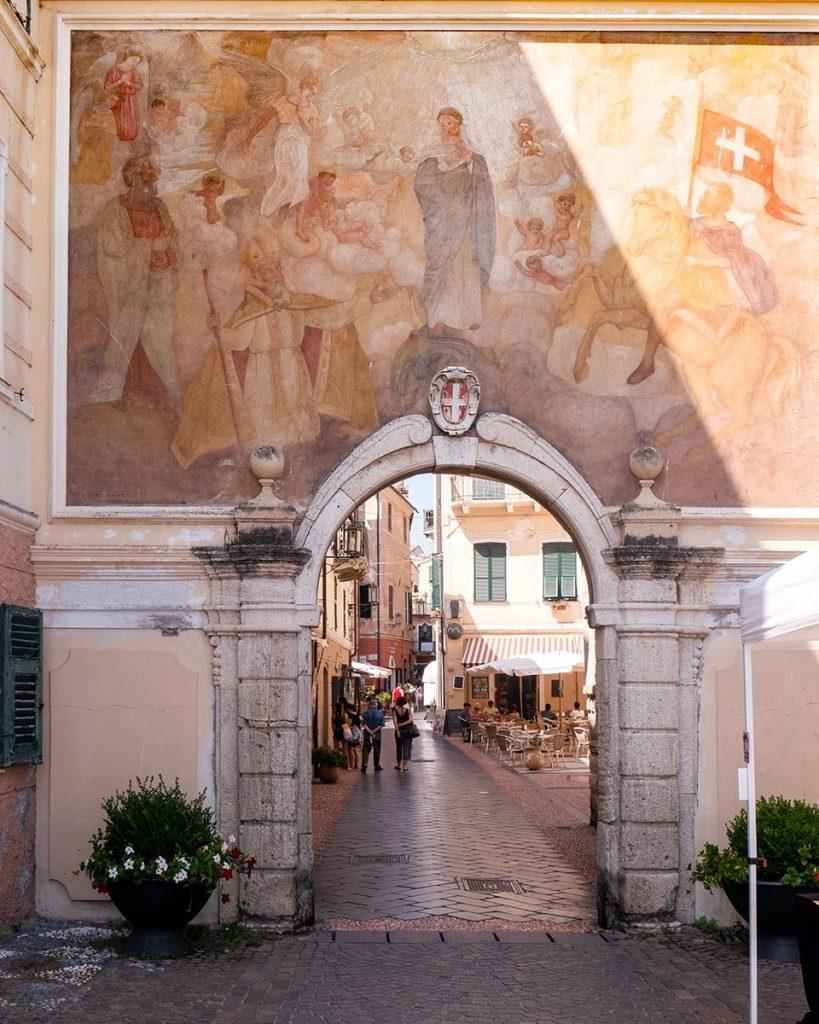 Porta di Piazza Noli